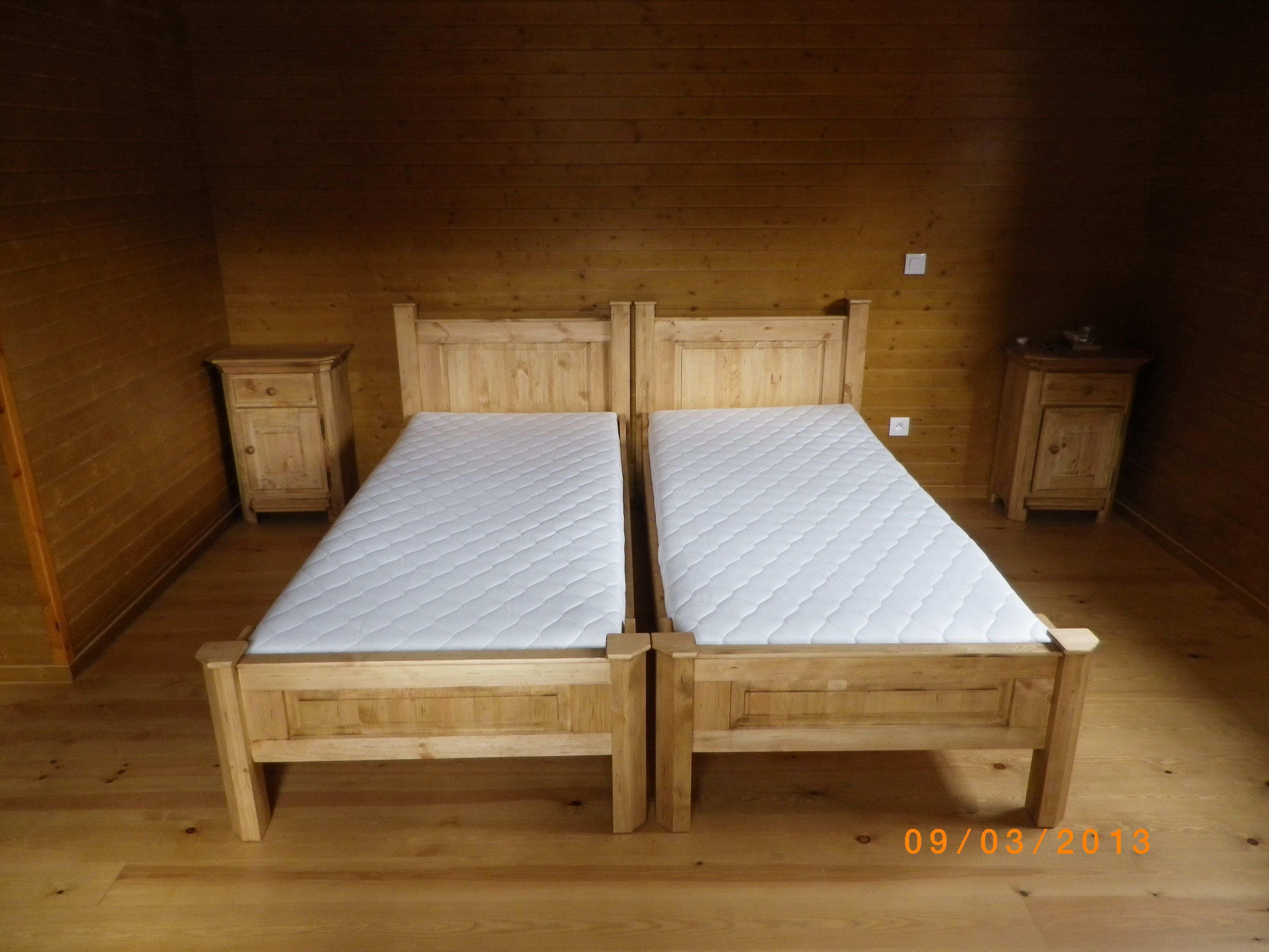 Lit210 lits pour personnes de grandes tailles for Causeuse dormeur ikea